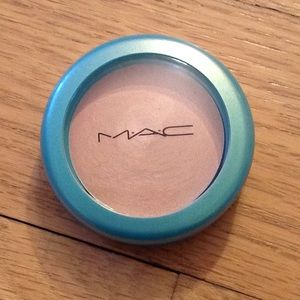 MAC Cosmetics: Blushcreme pearl: LUNE